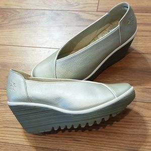 Fly London Yaz Wedge Pumps